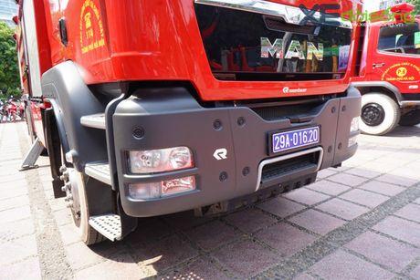 Chiem nguong xe chua chay hien dai nhat Ha Noi - Anh 7
