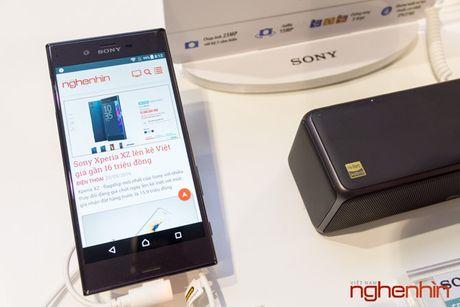 Sony Xperia XZ co gia chinh thuc 15 trieu, khuyen mai loa Bluetooth - Anh 2