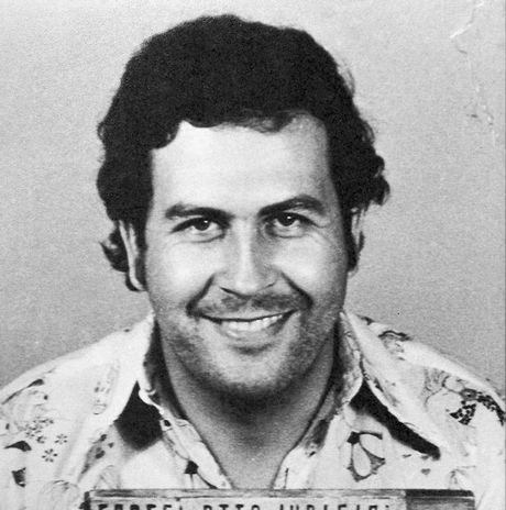 Gap sat thu mau lanh cua trum ma tuy Pablo Escobar tung giet hon 3000 nguoi - Anh 1