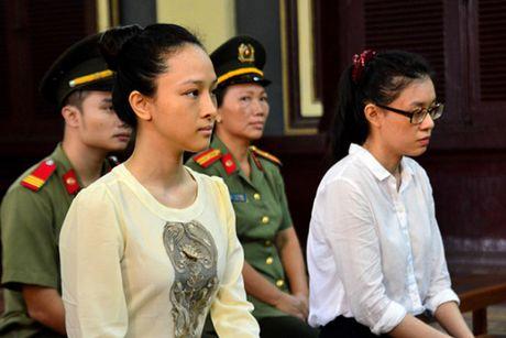 Tin hieu dang mung cho hoa hau Phuong Nga: Toa tra ho so, dieu tra lai vu an tinh-tien! - Anh 1