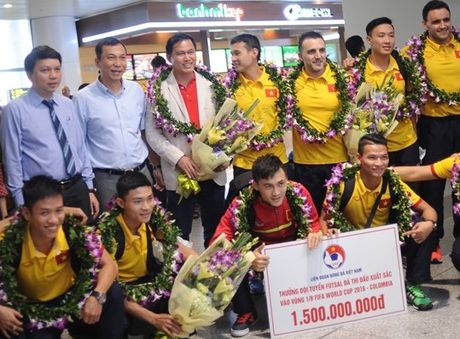 'Futsal Viet Nam co the tai hien ky tich du World Cup' - Anh 1
