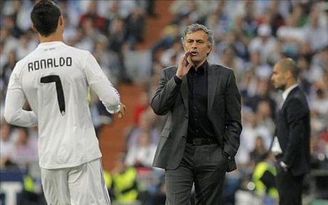 Mourinho va Pep Guardiola: Thanh bai o quan tri nhan su (Phan 1) - Anh 3