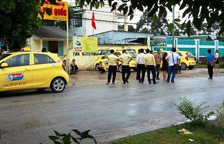 Hang tram tai xe taxi Sai Gon - Phu Quoc dinh cong - Anh 1