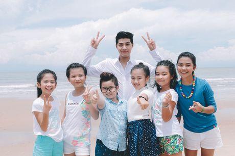 Noo Phuoc Thinh cung hoc tro quay MV bao ve moi truong - Anh 1