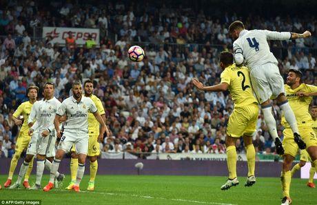Sergio Ramos 'copy' kieu an mung cua Ronaldo - Anh 1