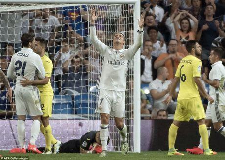 Sergio Ramos 'copy' kieu an mung cua Ronaldo - Anh 2