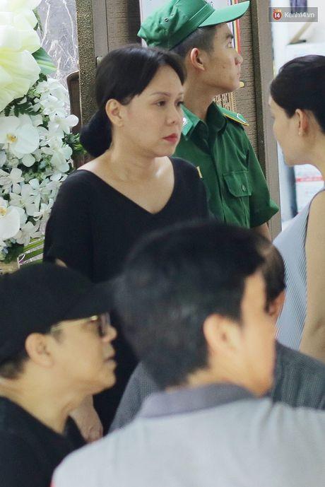 Thanh Loc, Huu Chau va dong nghiep xuc dong vieng tang le NSND Thanh Tong - Anh 17