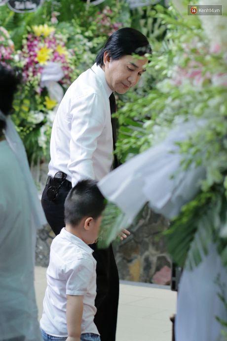 Thanh Loc, Huu Chau va dong nghiep xuc dong vieng tang le NSND Thanh Tong - Anh 19