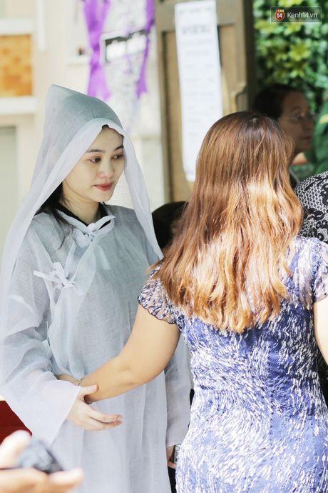 Thanh Loc, Huu Chau va dong nghiep xuc dong vieng tang le NSND Thanh Tong - Anh 2