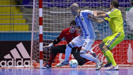 Futsal World Cup: Thai Lan noi loi chia tay - Anh 4
