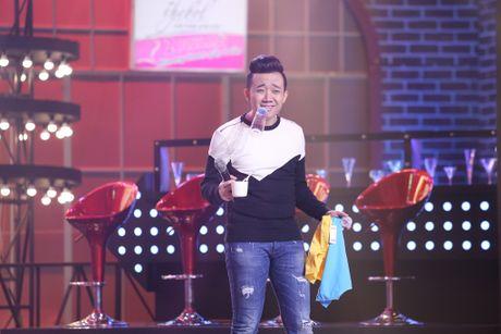 Ngoc Trinh nung niu doi lam ban gai cua Tran Thanh - Anh 4