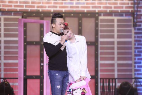 Ngoc Trinh nung niu doi lam ban gai cua Tran Thanh - Anh 6