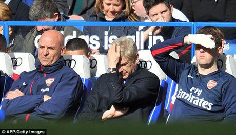 Jose Mourinho: 'Mot ngay nao do, toi se tim Wenger va dap VO MAT ong ta' - Anh 3
