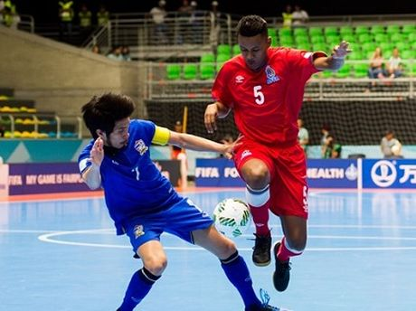 Futsal Viet Nam se tro lai World Cup, tuyen Viet Nam giao huu FC Seoul - Anh 2