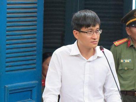 Xon xao 'Hop dong tinh ai' cua Hoa hau Phuong Nga: Ong Cao Toan My noi gi? - Anh 2