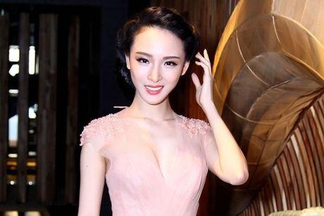 Showbiz 23/9: My Linh len tieng sau vu Phuong Nga, Brad Pitt danh nguoi con duoc Angelina Jolie yeu nhat - Anh 2