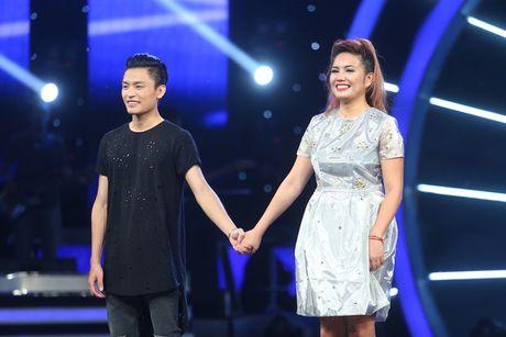 Vietnam Idol: MC Phan Anh tro mat truoc hanh dong la cua Thu Minh - Anh 5