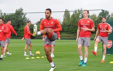 Dan sao Arsenal hang say tap luyen, huong den chien thang thu 5 lien tiep - Anh 7