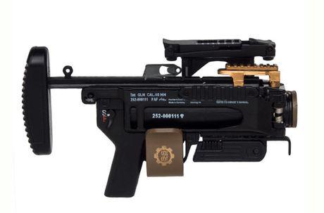 Sung truong HK-416 lai sung phong luu M320: 'Than chet la day' - Anh 6