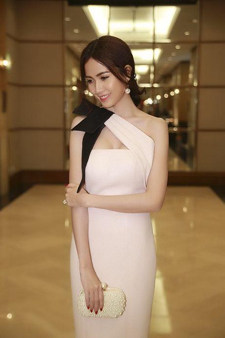 Phan Thi Mo toa sang lung linh tai su kien - Anh 2