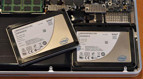Bien may Mac cu thanh moi: phan mem, nang SSD, thay vo + pin, nang RAM - Anh 3