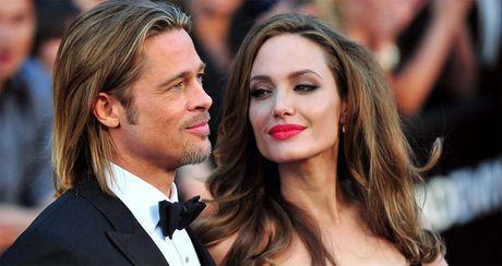 Angelina Jolie khong muon trung phat Brad - Anh 1