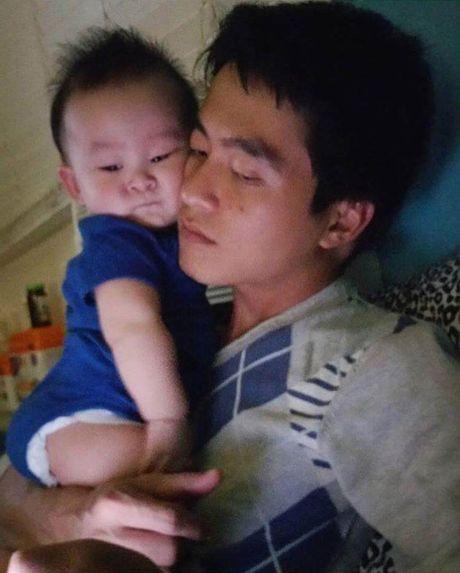He lo nhung hinh anh it biet ve chong va con 'be' Xuan Mai - Anh 6