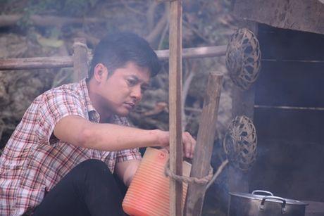 """Theo """"Dong doi"""", Van Trang lam vo be bat hanh cua Hoang Anh - Anh 3"""