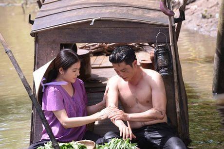 """Theo """"Dong doi"""", Van Trang lam vo be bat hanh cua Hoang Anh - Anh 5"""