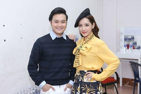 Quang Vinh am tham den ung ho Chi Pu lam MC - Anh 6