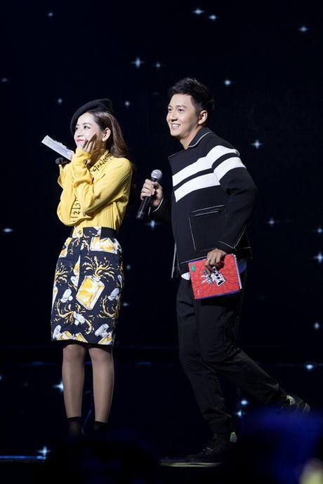 Quang Vinh am tham den ung ho Chi Pu lam MC - Anh 8