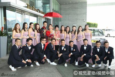 """""""Chi ca TVB"""" Duong Di deo vang nang triu tay trong ngay cuoi - Anh 7"""