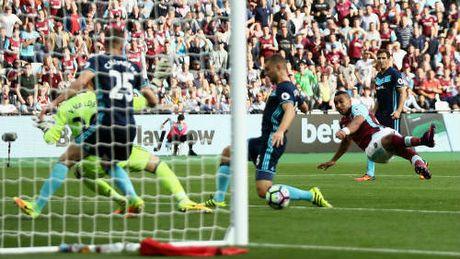 West Ham – Middlesbrough: Thoat hiem nho kiet tac - Anh 1