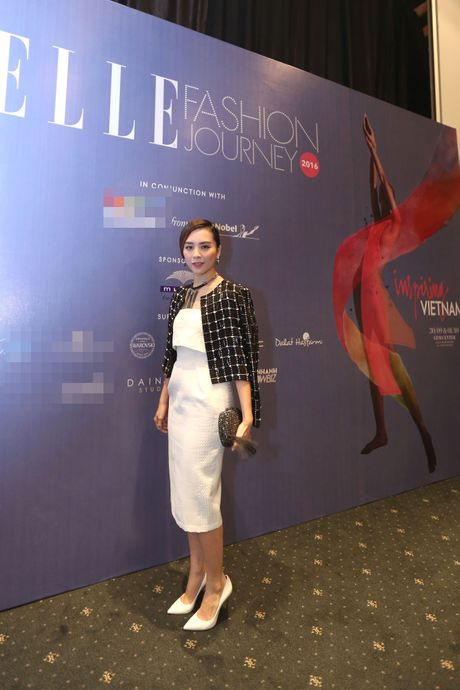 Dan Hoa hau, A hau 'do bo' tham do Elle Fashion Journey - Anh 6