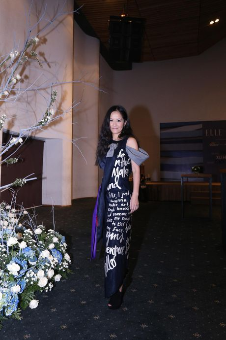 Dan Hoa hau, A hau 'do bo' tham do Elle Fashion Journey - Anh 8