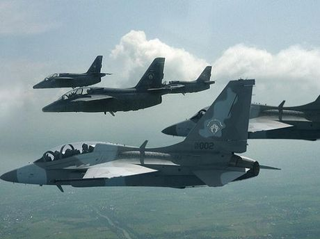 Philippines can nhac mua them may bay chien dau FA-50 cua Han Quoc - Anh 1