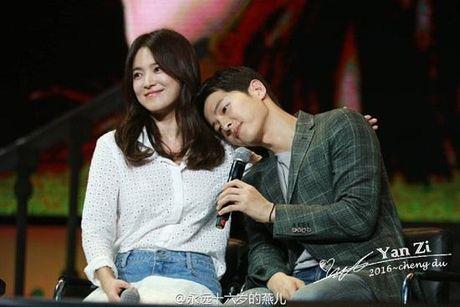 Vua phu nhan tin dam cuoi, cap doi Song Joong Ki - Song Hye Kyo 'lai' chuan bi tai hop. - Anh 5