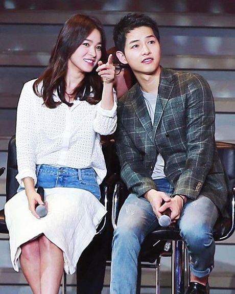 Vua phu nhan tin dam cuoi, cap doi Song Joong Ki - Song Hye Kyo 'lai' chuan bi tai hop. - Anh 7