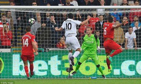 Sau Lallana, Liverpool con nhan them tin buon tu Lovren - Anh 1
