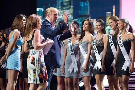 Rac roi muon thuo cua Donald Trump - Anh 2