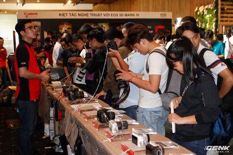 Canon Viet Nam chinh thuc gioi thieu sieu pham EOS 5D Mark IV: nhe, manh va nhieu tinh nang hon - Anh 10