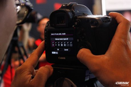 Canon Viet Nam chinh thuc gioi thieu sieu pham EOS 5D Mark IV: nhe, manh va nhieu tinh nang hon - Anh 2
