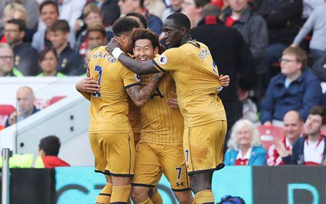 Tottenham - Man City: White Hart Lane luan anh hung - Anh 2
