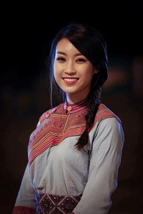 Hoa hau Do My Linh cat toc ngan, khoe nhan sac rang ro - Anh 11