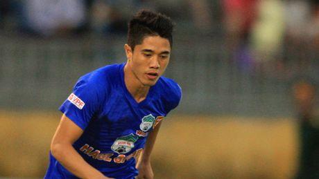 Van Long dau quan cho SHB Da Nang mua giai 2017 - Anh 1