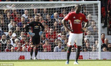 Man City 'nhuom xanh' doi hinh te nhat vong 7 Premier League - Anh 1
