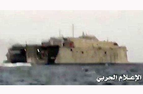Toan canh vu phien quan Houthi oanh tac tau chien UAE - Anh 5