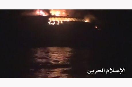 Toan canh vu phien quan Houthi oanh tac tau chien UAE - Anh 9