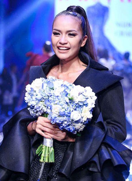 Ngoc Chau vuot qua doi thu nang ky Thanh Thanh gianh ngoi quan quan - Anh 1