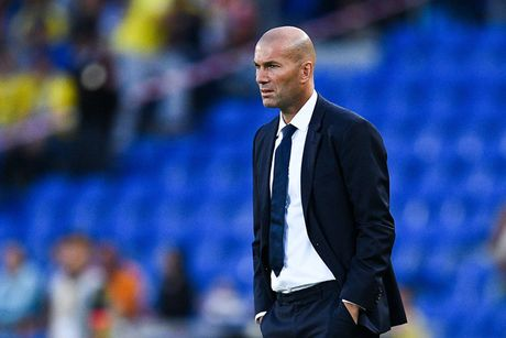 Real Madrid hoa 4 tran lien tiep: Nguy that roi, Zidane! - Anh 1